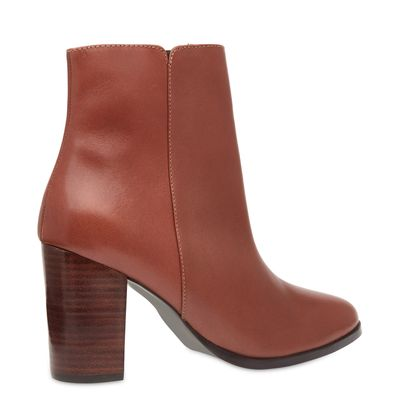 0000094086_029_3-ANKLE-BOOT-COURO