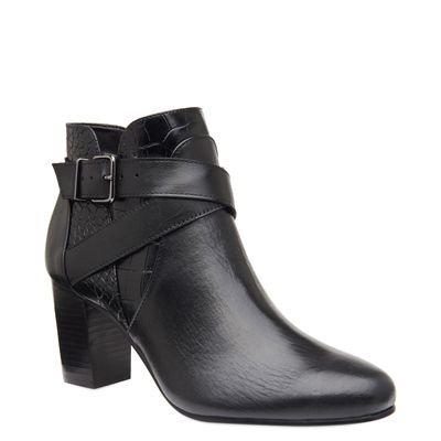 0008680011_031_1-ANKLE-BOOT-COURO---CROCO